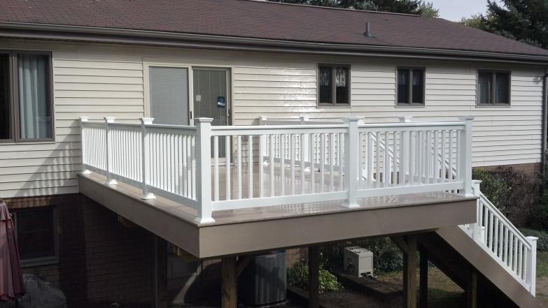 Low Maintenance Decks Composite Pvc 187 Buckstone Building